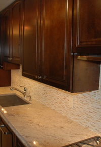 Closeup of countertop & backsplash