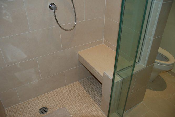 briggs master bathroom3