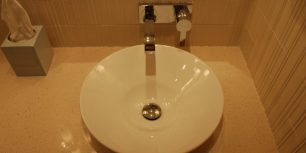 briggs master bathroom6