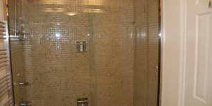 hall tub glass doors
