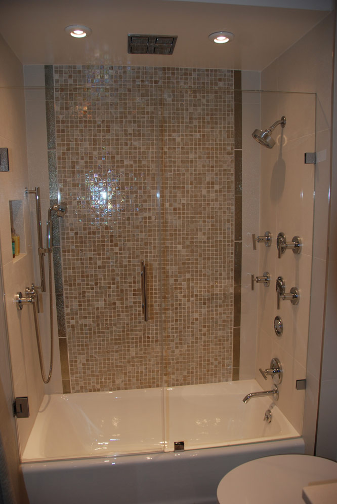 Bethesda townhouse bathroom remodel - Small bathroom remodel with tub ...