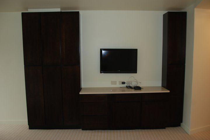 guest bedroom workstation